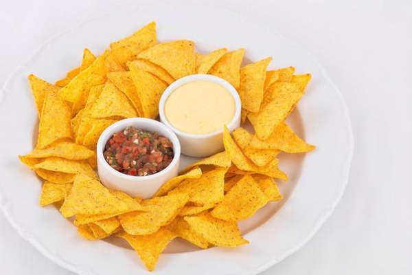 Сырные чипсы с ветчиной