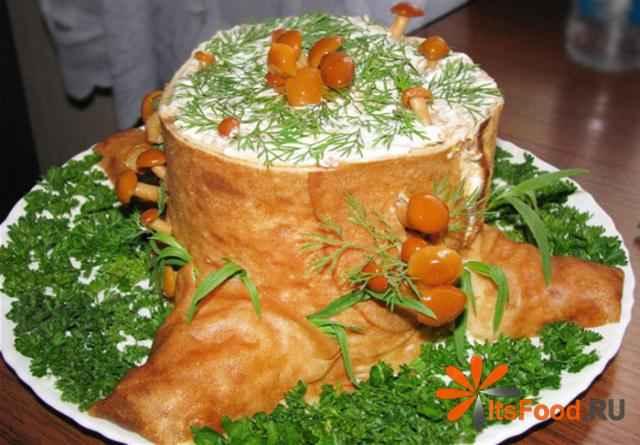 Салат-рулет пенек с фото