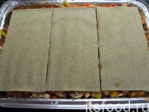 Далее последний слой листов лазаньи.
