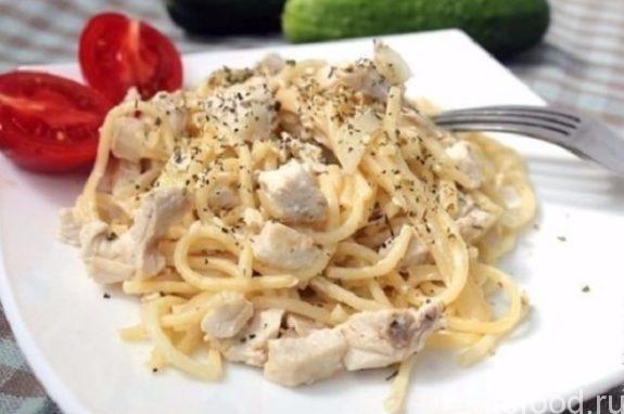 Куриное филе в сливочном соусе на сковороде: рецепт с фото