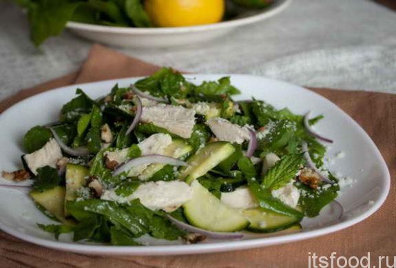 Салат из свежих кабачков: рецепт