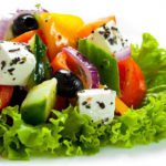 grecheskij salat s fetoj