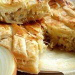 Французский луковый пирог из слоеного теста - классический рецепт