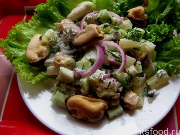 Салат с консервированными мидиями - очень вкусный рецепт с фото