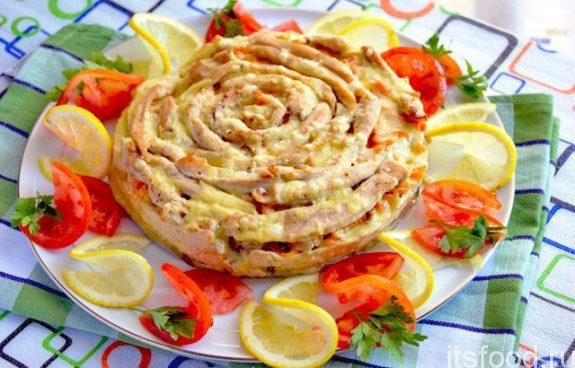 Мясной пирог «Чайная роза» - рецепт с фото