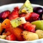 fruktovyj salat s cedroj i medom min
