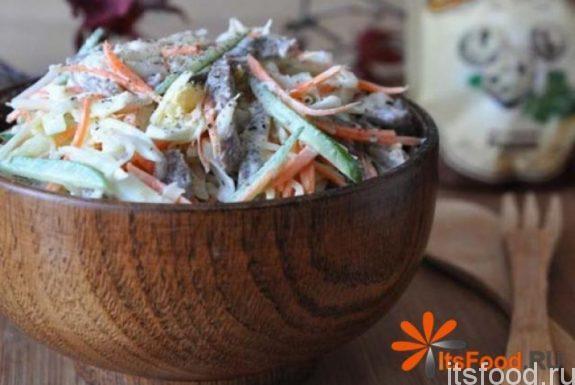 Очень вкусный салат с говядиной и овощами - рецепт с фото