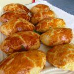 Пирожки из картофельного пюре - рецепт с фото