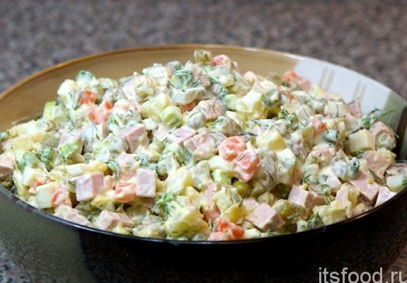 Салат «Оливье» с мясом -  очень вкусный рецепт с фото