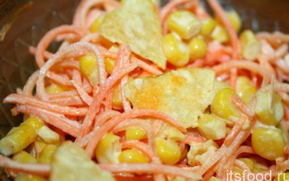 Салат с кукурузой и морковью