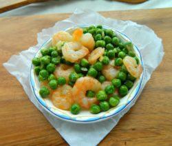 Как приготовить салат с креветками - пошаговый рецепт с фото
