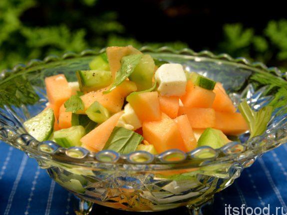 Салат с дыней: пошаговый рецепт