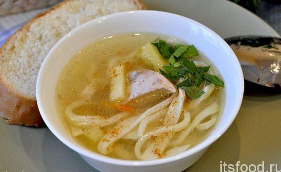 Куриный суп с лапшой и картошкой - рецепт с фото