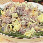 Салат с мясом и картофелем