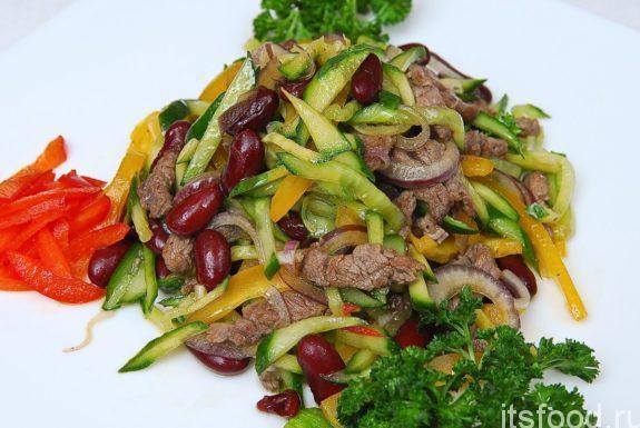 Салат с фасолью и мясом: пошаговый рецепт