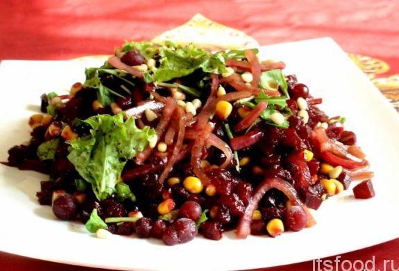 Салат из свеклы с фруктами