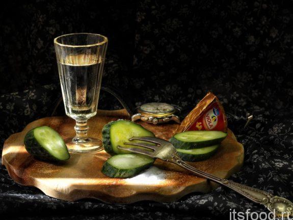 Как алкоголь поднимает аппетит?