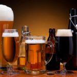 Количество выпитого алкоголя зависит от бокала