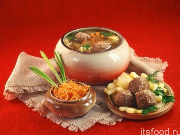 Как готовить украинский капустняк с галушками