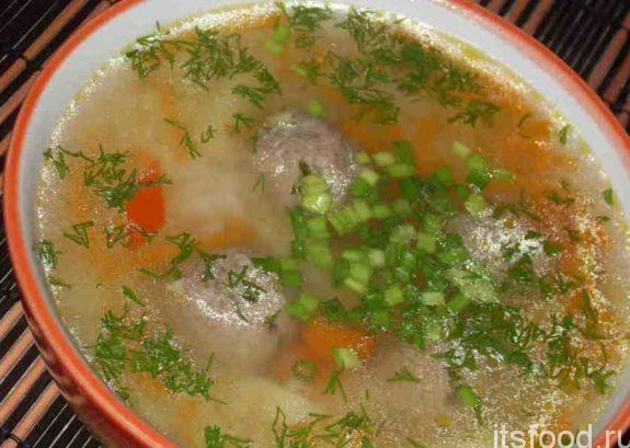 Рисовый суп с лимонными фрикадельками
