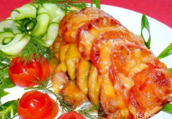 Курица запеченная с овощами в духовке - рецепт с фото