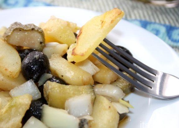 Ароматный картофельный салат