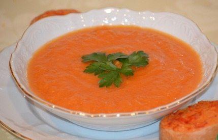 Тыквенный суп с острыми крутонами