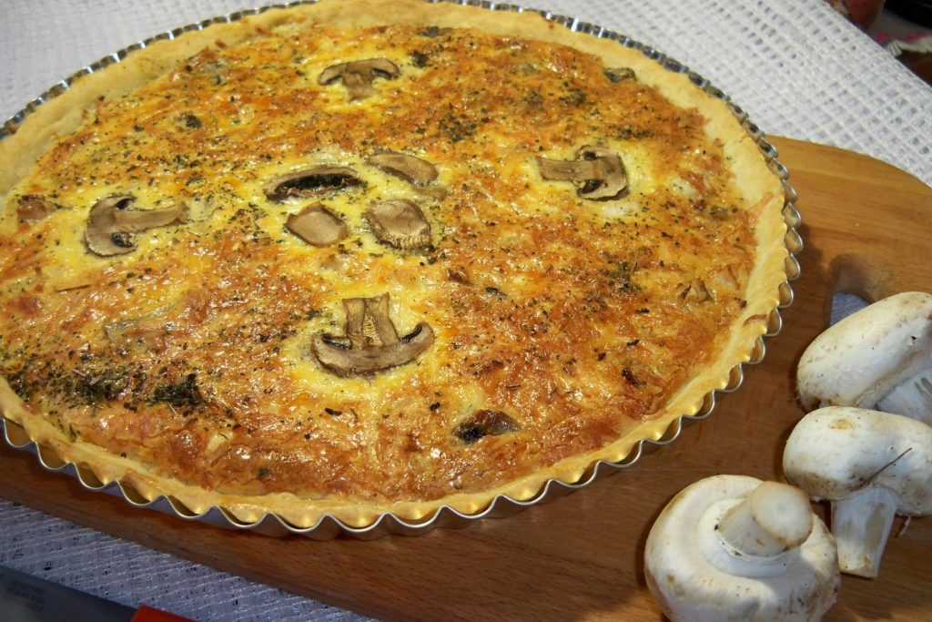 Песочный пирог с грибами в мультиварке рецепты с фото