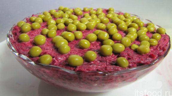 Салат из вареной свеклы с чесноком - рецепт