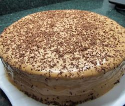 Быстрый тортик на скорую руку из готовых коржей