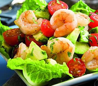 Салат из капусты и морепродуктов