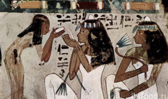 Древние египтяне умирали от пищи и вина