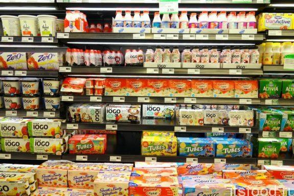 Половина россиян выкидывает купленные продукты