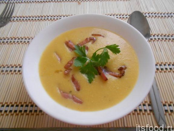 Гороховый крем суп с копченостями