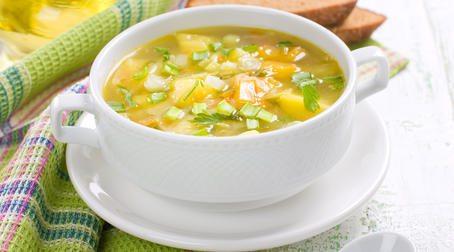 Овощной суп с консервированной кукурузой