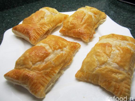 Пирожки из слоённого теста - рецепт с фото в духовке