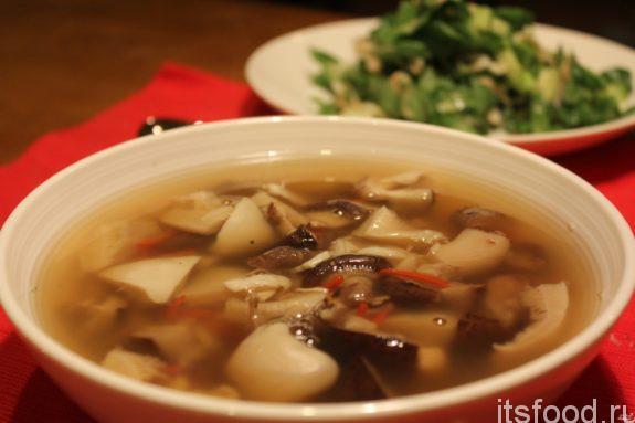 Как сварить вкусный грибной суп - рецепт с фото
