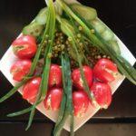 Салат с креветками и овощами «Весенний букетик»