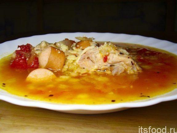 Суп итальянский с томатом и сосисками