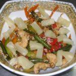 salat vostochnyj