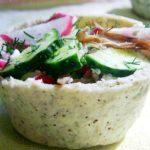 Творожные корзинки с легким салатом