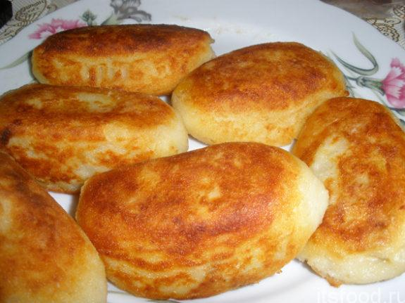 Картофельные котлеты из пюре с сыром