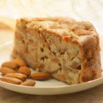 Классическая шарлотка с яблоками в духовке - рецепт с фото