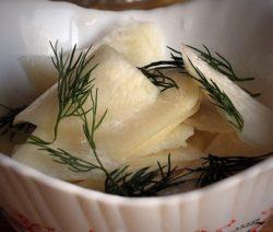 Вкусный салат из черной редьки