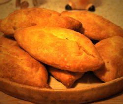Пирожки с сыром и зеленью