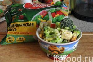Чтобы приготовить щи из кислой капусты нам потребуется 1 час.  Щи с кислой капустой – пошаговый рецепт с фото: приготовим замороженную овощную смесь.