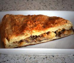 Пирог с мясным фаршем – рецепт с фото