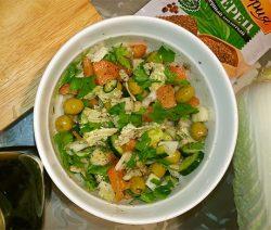 Простой рецепт салата с фото пошагово