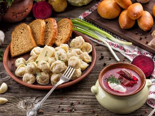 8 самых нездоровых пищевых привычек россиян