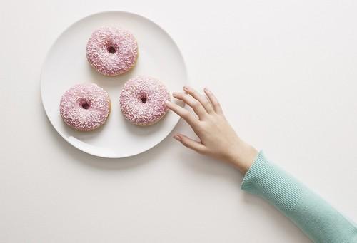 Тяга к сладкому: как побороть эту пищевую привычку?